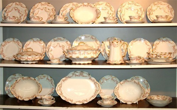 5015: 72 PC SET THEODORE HAVILAND LIMOGES CHINA DINNERW