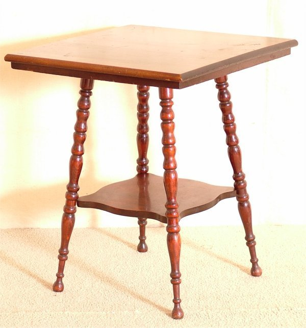 "5016: OAK 2 TIER PARLOR TABLE W/SPLAYED LEGS 24""L X 24"""