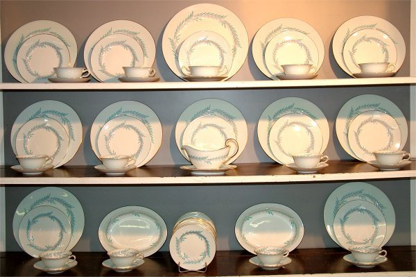 "5047: 71 PC SET MINTON ""MALTA"" DINNERWARE (PLEASE CONTA"