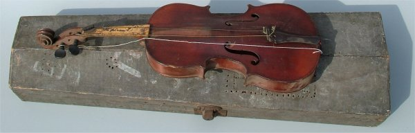5006: THEVENIN VIOLIN, ROUGH CONDITION IN WOODEN CASE 2