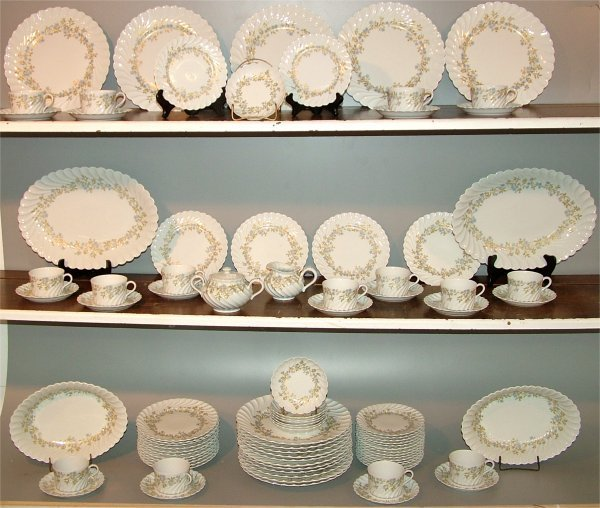 "5011: 81 PC SET HAVILAND LIMOGES ""LACELLE"" DINNERWARE ("