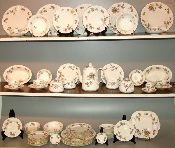 "5013: 81 PC SET MINTON ""VERMONT"" DINNERWARE"
