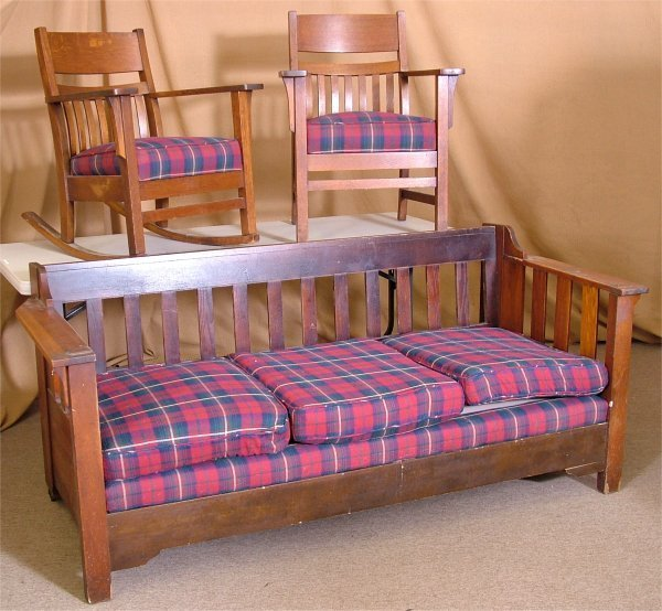 5020: 3 PC OAK ARTS & CRAFTS SET INCL SOFA, ARM ROCKER