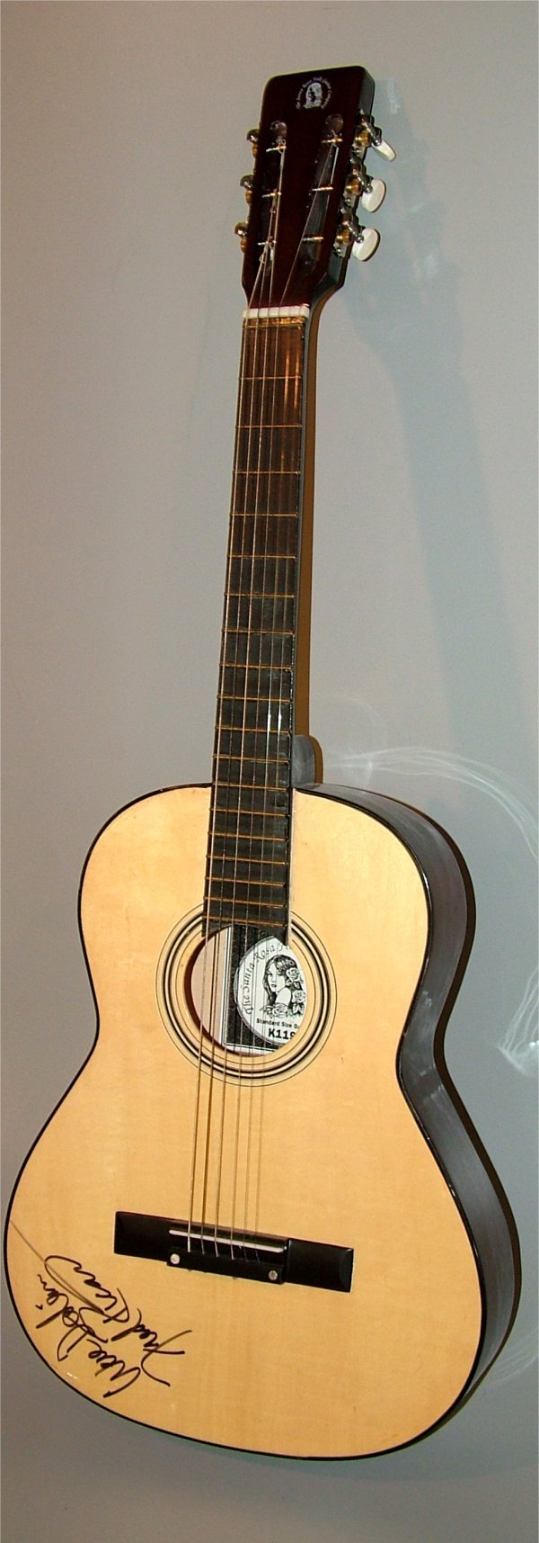 5007: SANTA ROSA FOLK GUITAR MODEL K119, AUTOGRAPHED BY