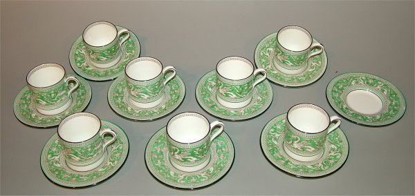 5013: 8 SETS WEDGWOOD GREEN DEMI CUPS & SAUCERS, (1) EX