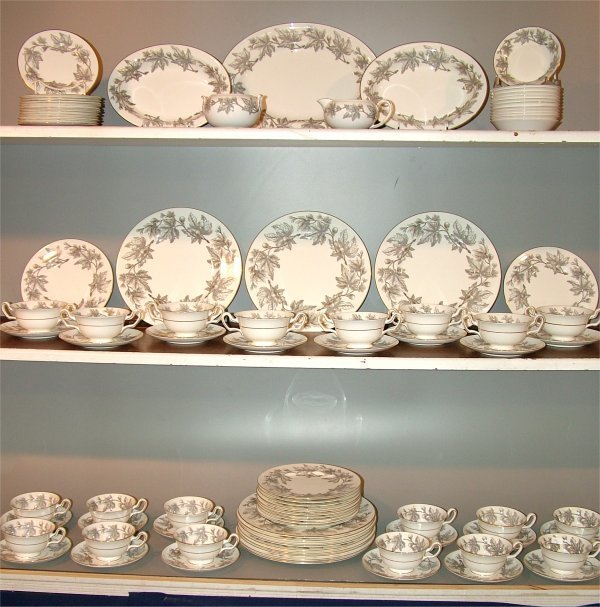 "5024: 93 PC SET WEDGWOOD ""ASHFORD"" DINNERWARE, CONTACT"