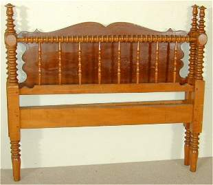 CURLY MAPLE POSTER BED W/POPLAR CUTOUT
