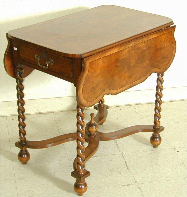 5005: CUSTOM MAHOGANY 2 DRAWER PEMBROKE TABLE