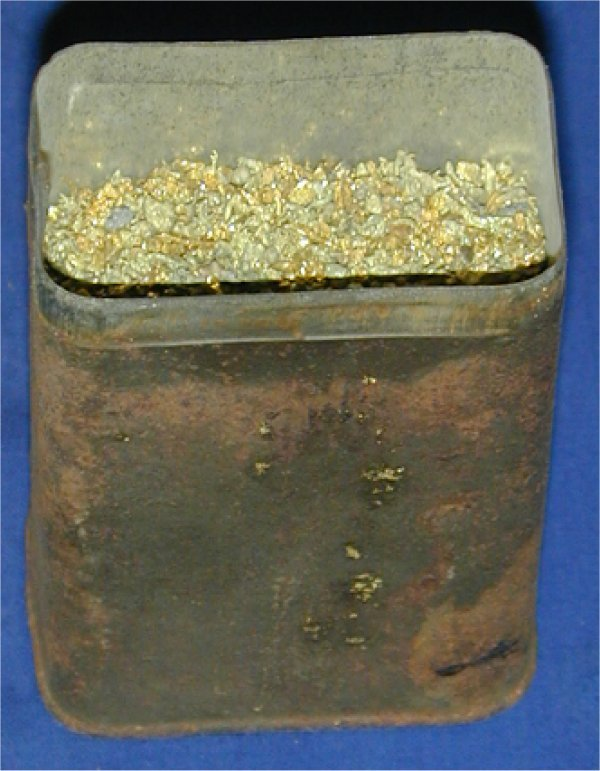 215: CONTAINER OF BRASS FILINGS