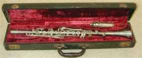 ELKHART PAN AMERICAN CLARINET IN CASE