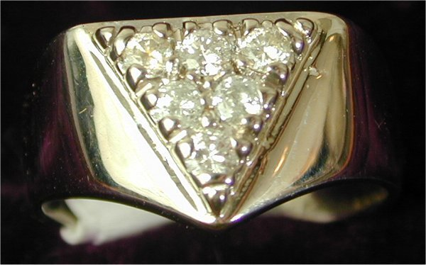 1411: 14K W G GENTS FASHION RING W/6 DIAMONDS