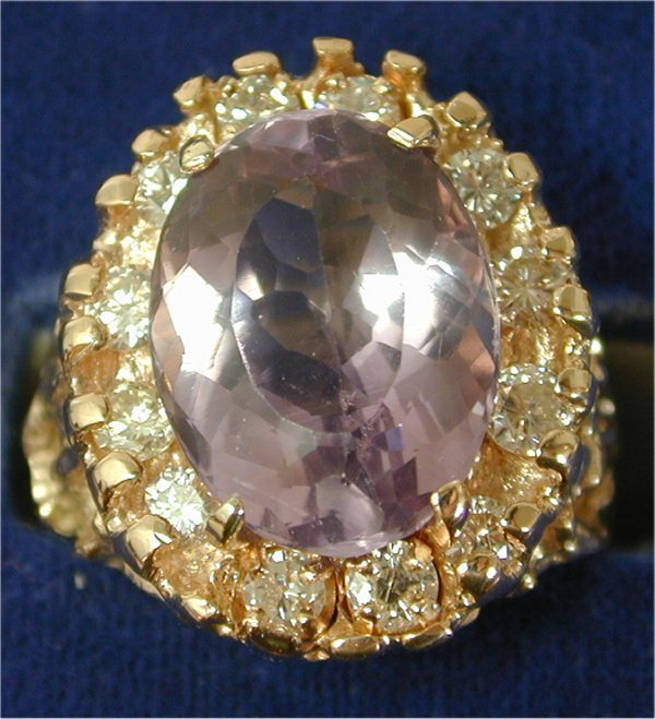 1413: 14K Y G 2.90 CT OVAL AMETHYST RING ACCE