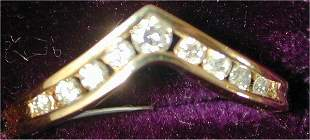 "14K Y G .30 CT TW ""V"" RING W/9 DIAMONDS"