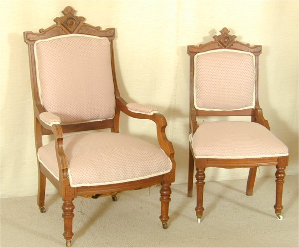 5509: WALNUT EASTLAKE VICTORIAN SIDE CHAIR & ARM CHAIR