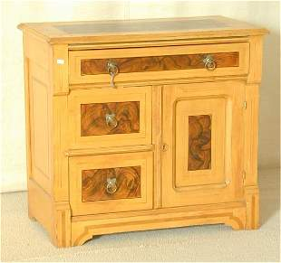 """MAPLE VICTORIAN GRAIN PAINTED WASHSTAND 30""""L X 27"""