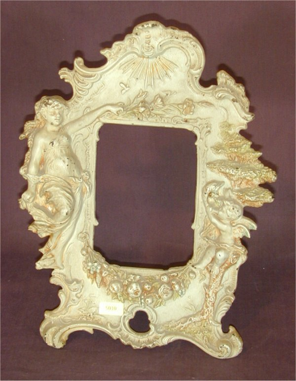 "5010: ORNATE CAST METAL PICTURE FRAME, PTD WHITE 9""W X"