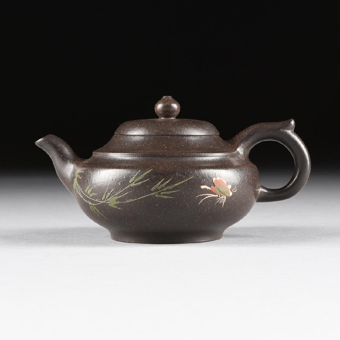 A CHINESE RED STONEWARE TEAPOT, YIXING PROVENCE,