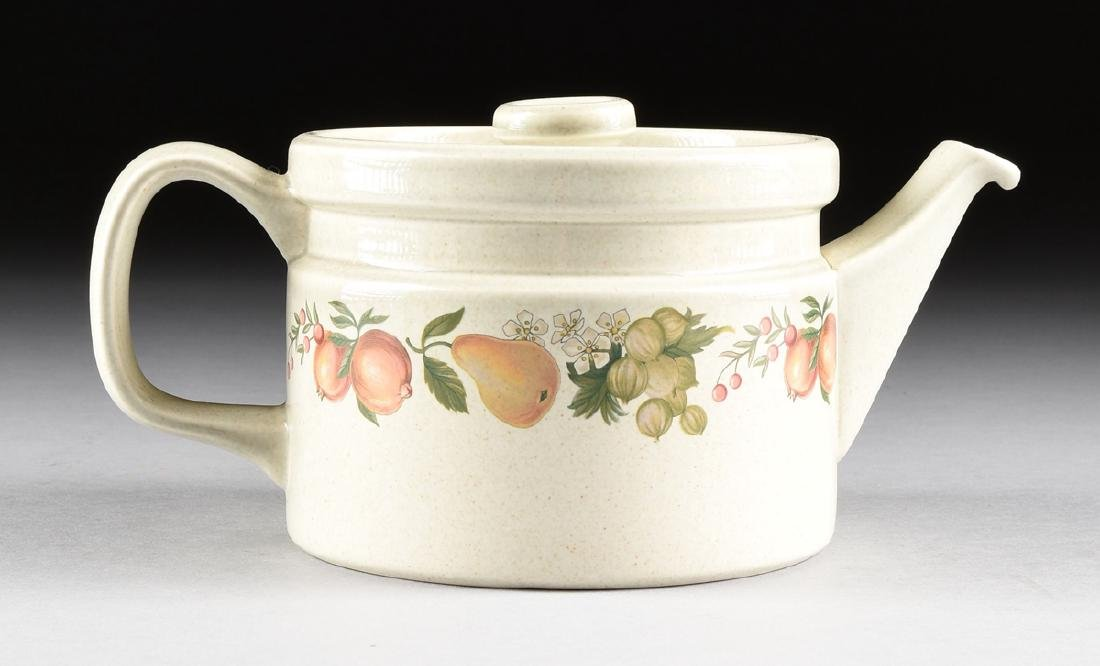 """A SET OF WEDGWOOD """"QUINCE"""" PATTERN OVEN-TO-TABLE - 5"""