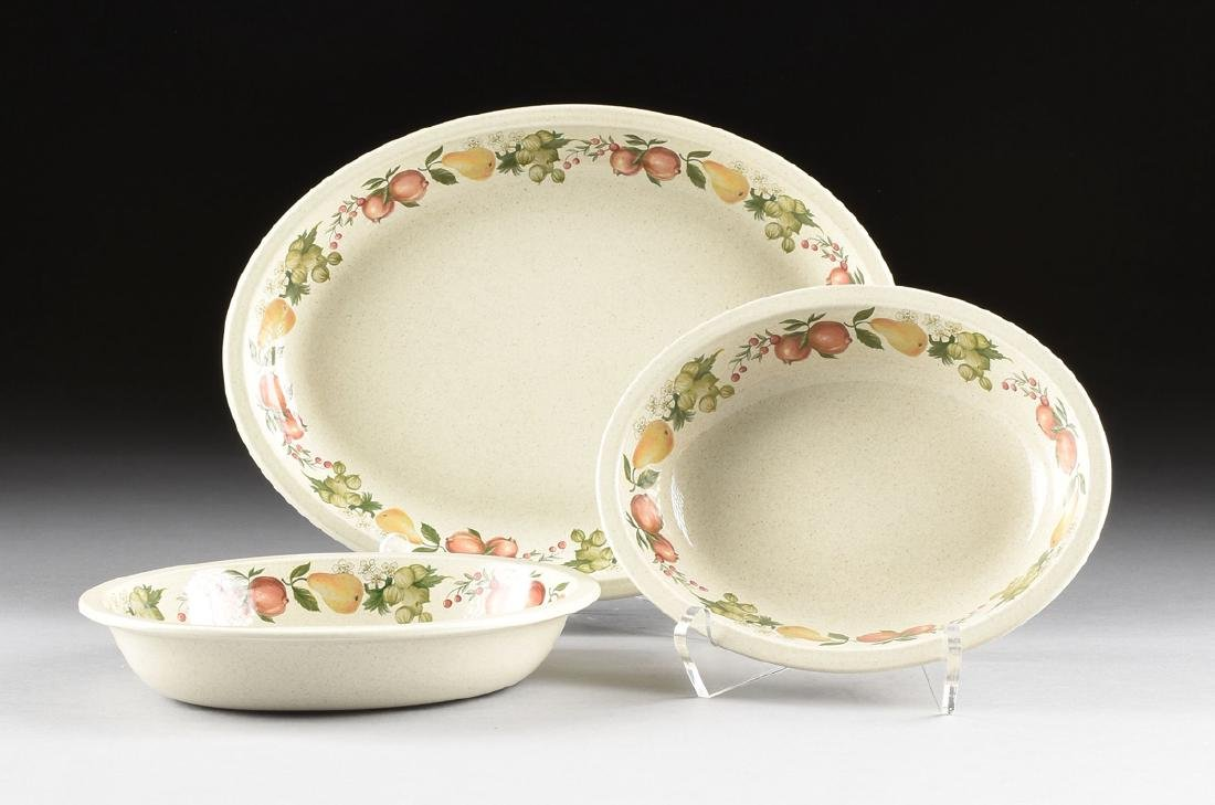 """A SET OF WEDGWOOD """"QUINCE"""" PATTERN OVEN-TO-TABLE - 8"""