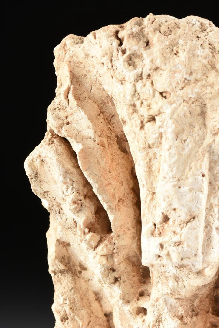 AN ANCIENT ROMAN CARVED MARBLE ARCHITECTURAL FRAGMENT - 2
