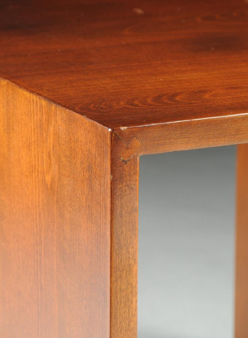 A MID CENTURY MODERN AMERICAN WALNUT SIDE TABLE, THIRD - 2