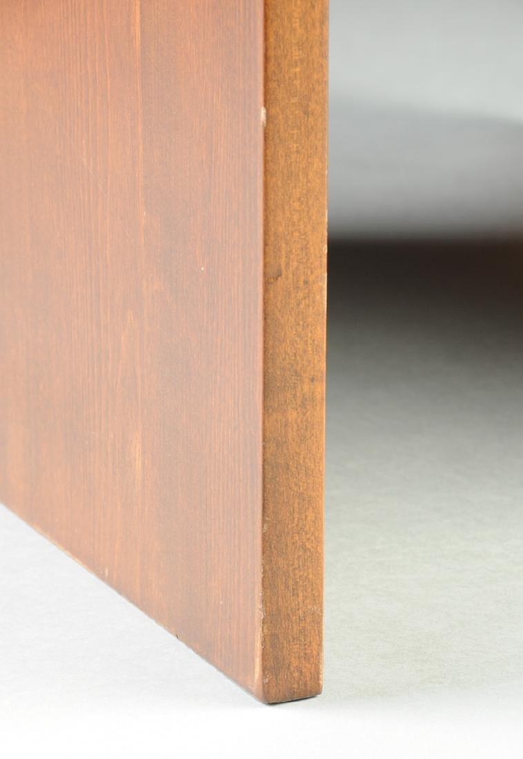 A MID CENTURY MODERN AMERICAN WALNUT SIDE TABLE, THIRD - 3