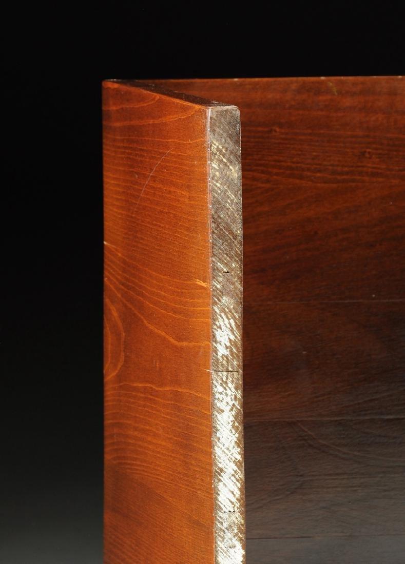 A MID CENTURY MODERN AMERICAN WALNUT SIDE TABLE, THIRD - 5