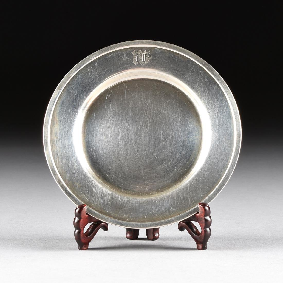 A GROUP OF THIRTEEN AMERICAN STERLING SILVER BREAD AND