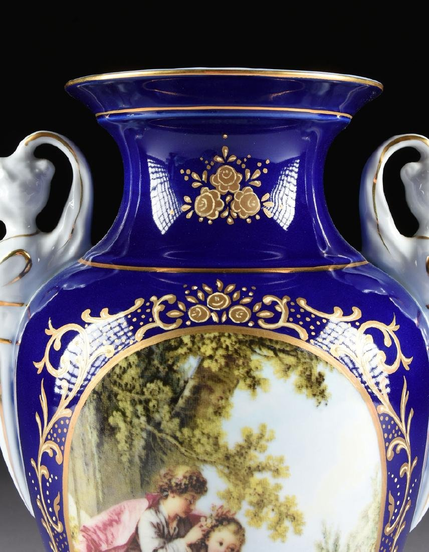 A PAIR OF NEOCLASSICAL STYLE LIMOGES PORCELAIN VASES - 3