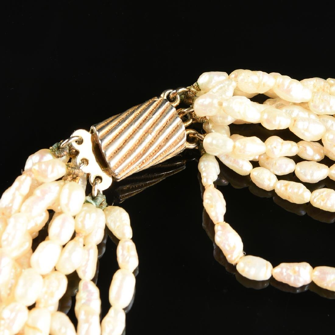 A SEED PEARL NECKLACE WITH MATCHING BRACELET, - 3