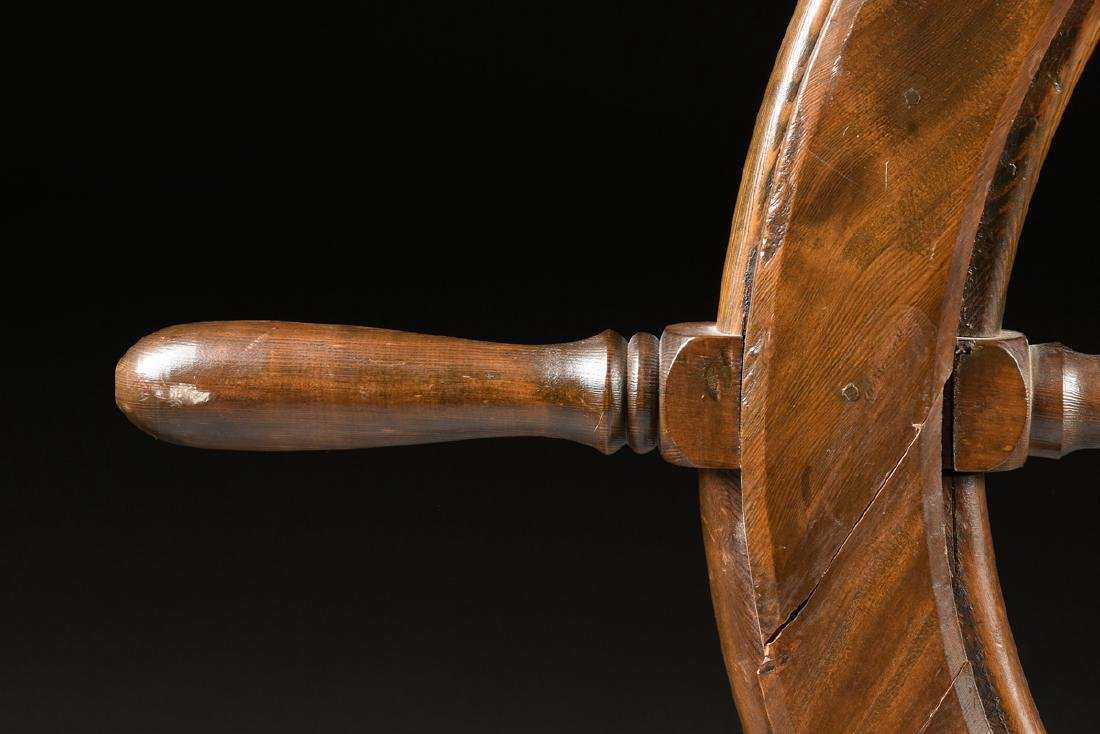 A CARVED PINE WOODEN SHIP'S WHEEL, 20TH CENTURY, - 6