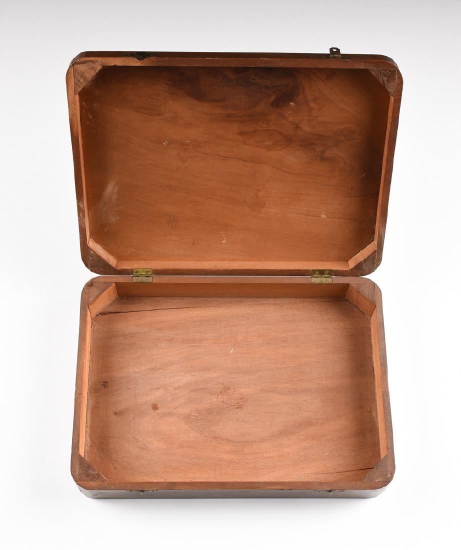 AN AMERICAN MAHOGANY BOX WITH HINGED LID, CIRCA 1900, - 5