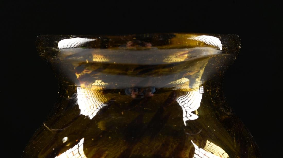 "A MEXICAN CLEAR CASED ""TORTOISE SHELL"" GLASS VASE, 20TH - 3"