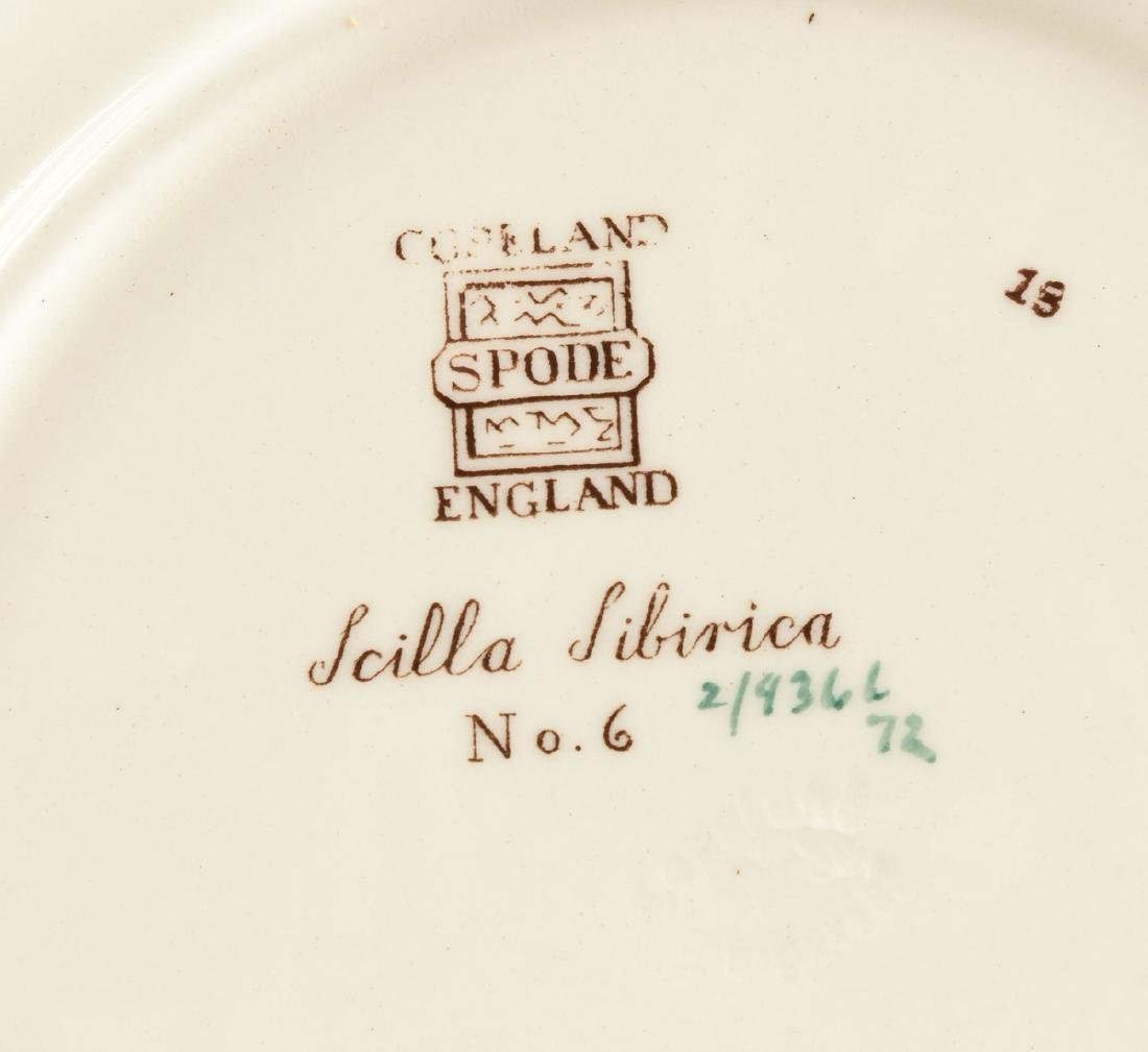 A SET OF SEVEN COPELAND SPODE TRANSFER PRINTED LUNCHEON - 12