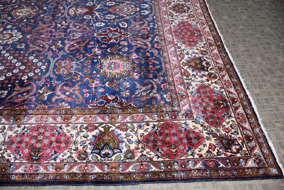 AN ANTIQUE PERSIAN BAKHTIARI CARPET, - 3
