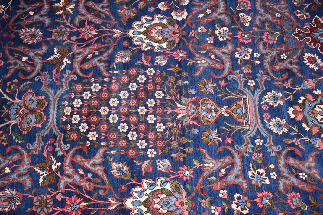 AN ANTIQUE PERSIAN BAKHTIARI CARPET, - 5