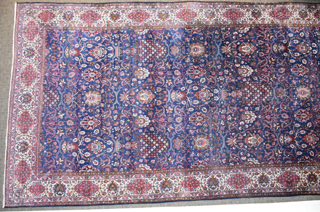 AN ANTIQUE PERSIAN BAKHTIARI CARPET, - 9