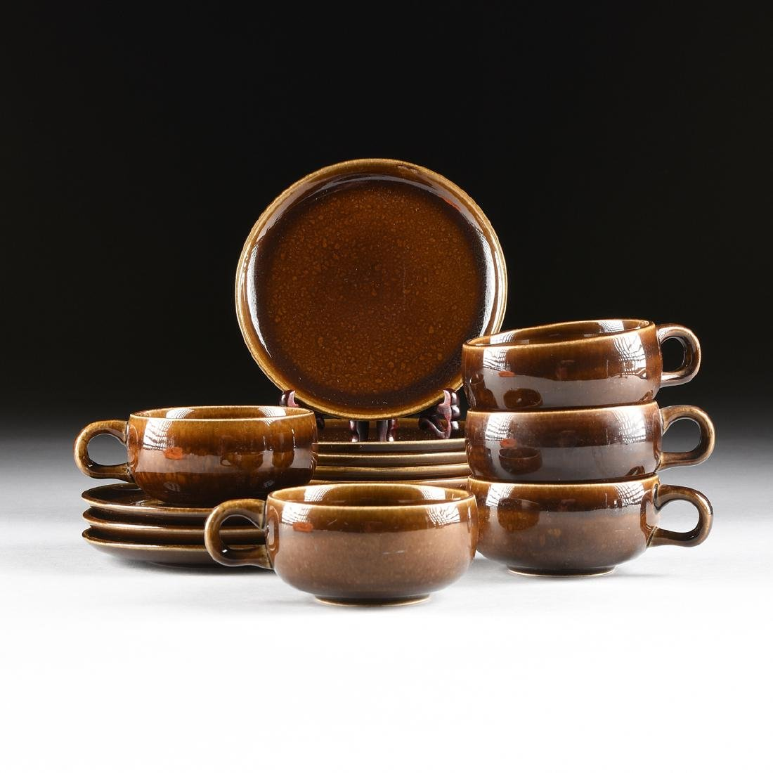 A GROUP OF FIFTEEN PIECES OF RUSSEL WRIGHT (American