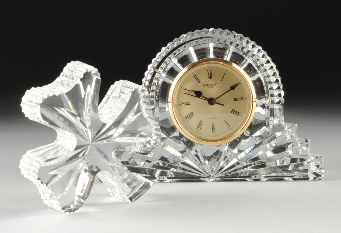 A WATERFORD SIGNED QUARTZ CRYSTAL DESK CLOCK, 20TH