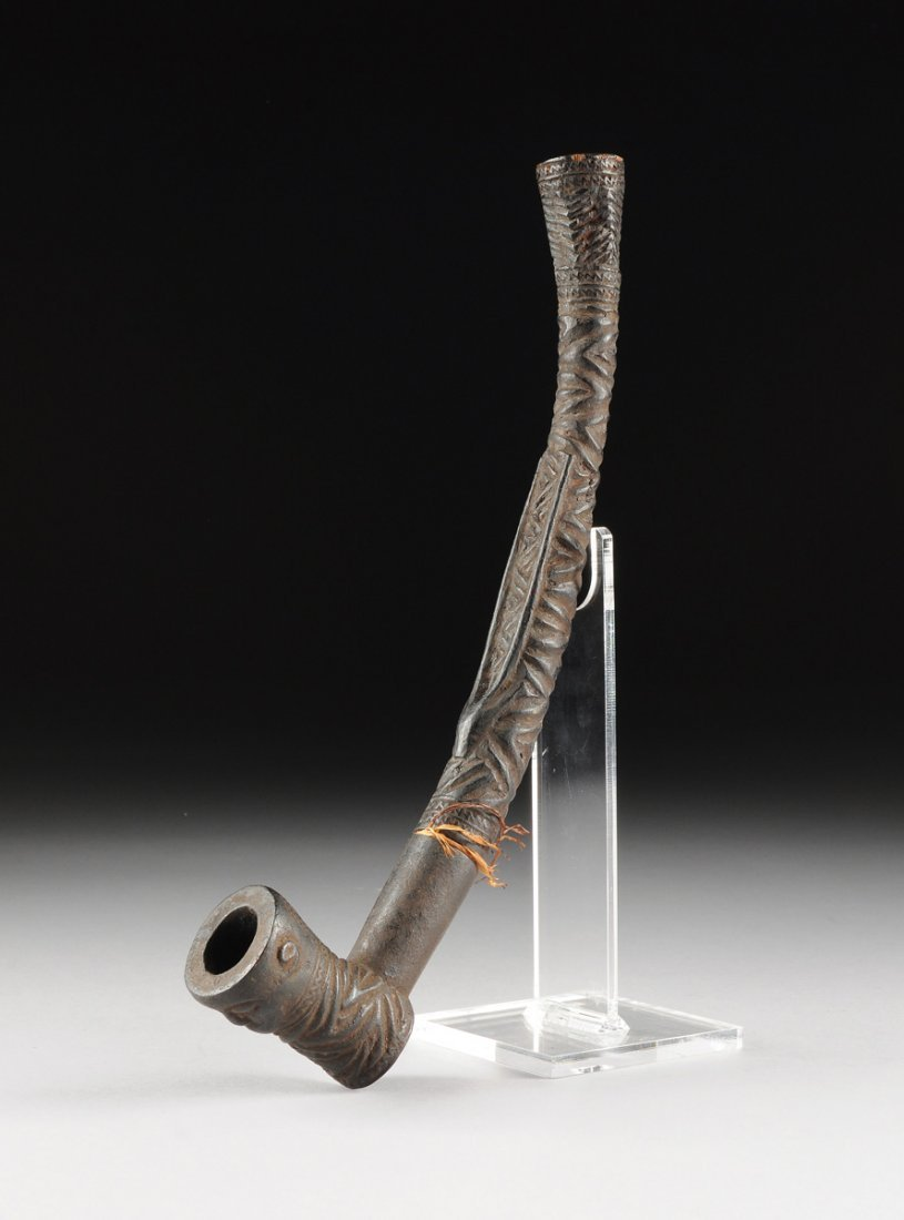 AN AFRICAN TRIBAL BAKONGO CARVED ANTLER PIPE, THIRD - 2