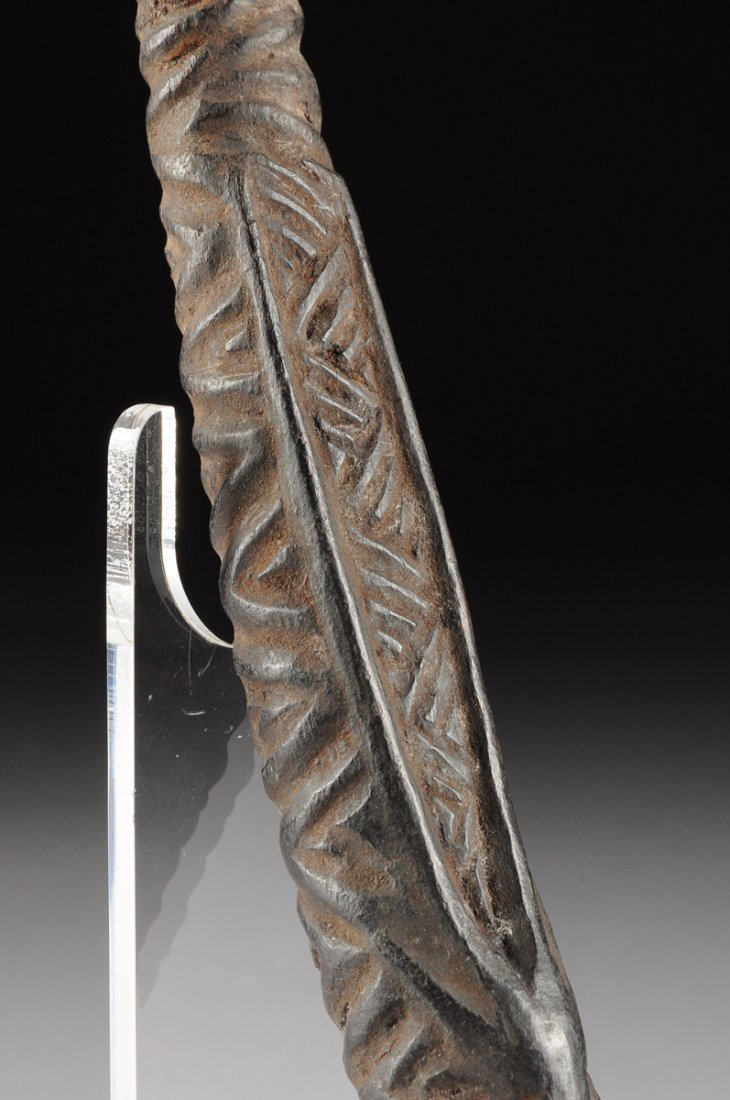 AN AFRICAN TRIBAL BAKONGO CARVED ANTLER PIPE, THIRD - 5