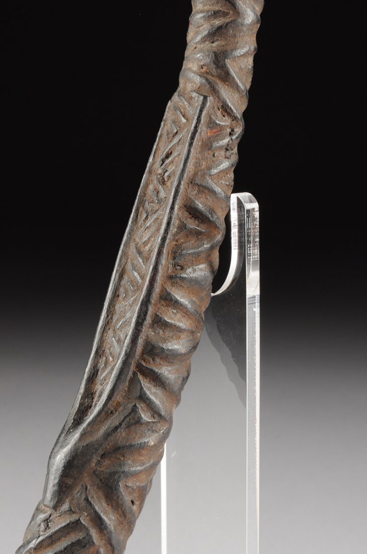 AN AFRICAN TRIBAL BAKONGO CARVED ANTLER PIPE, THIRD - 8