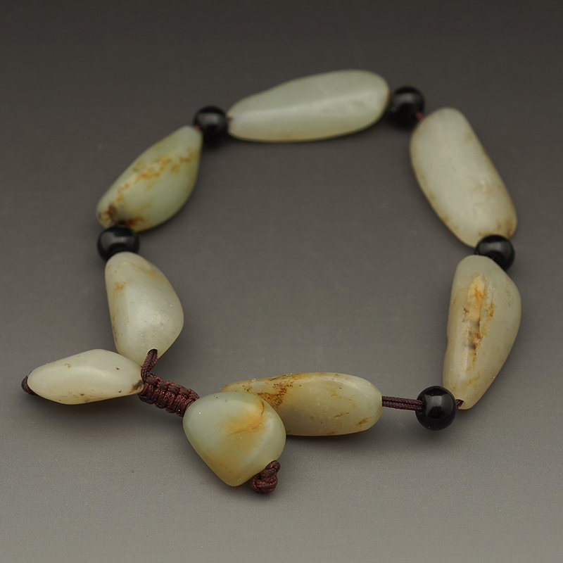 CHINESE NEPHRITE SEED MATERIAL BRACELET