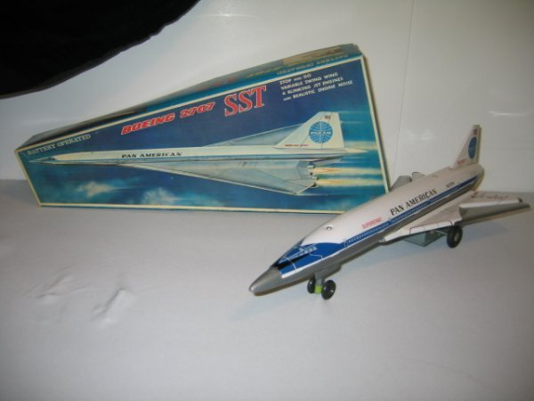 201: SST BOEING 2707 AIRPLANE WITH BOX