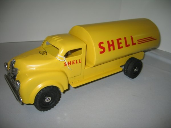 501: LINCOLN TOYS SHELL TANKER TRUCK-REPAINTED
