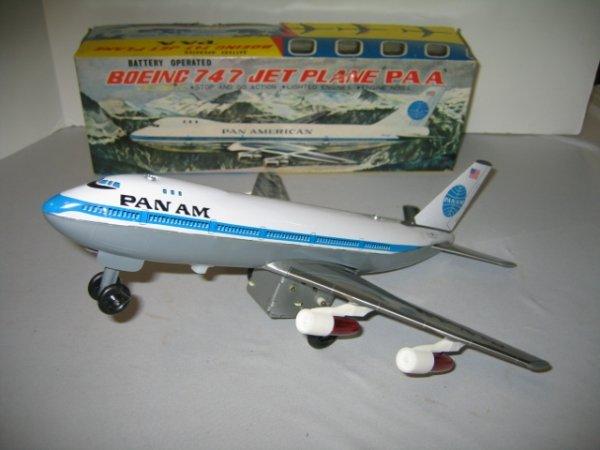 523: PAN AM BOEING 747 JET W/ BOX