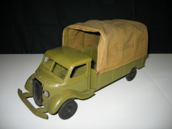 570: KINGSBURY ARMY TRUCK WITH CANVAS TOP