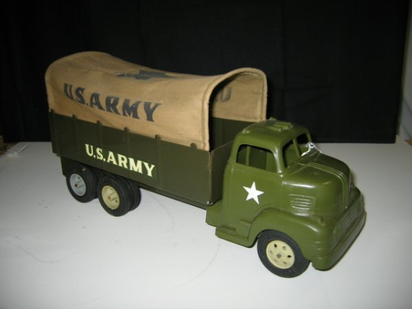 577: MARX US ARMY TRUCK WITH CANVAS TOP