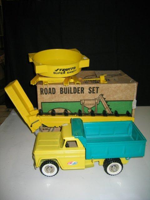 581: STRUCTO NO. 905 ROAD BUILDER SET