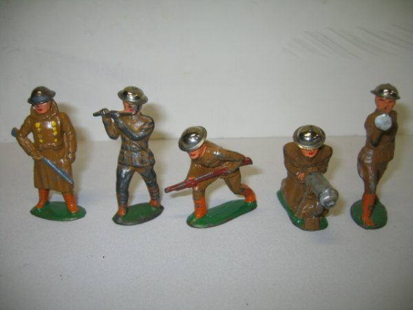 4: BARCLAY LEAD TOY SOLDIERS, 5 TOTAL